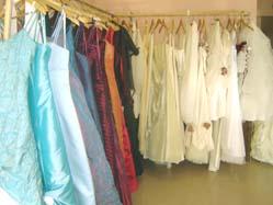 ARTISANAT : Zora l_Huppée - robe de mariée et de bal - Québec